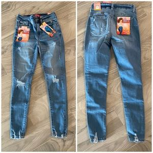 Women's high rise jeans